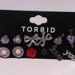 Fashion earring lot